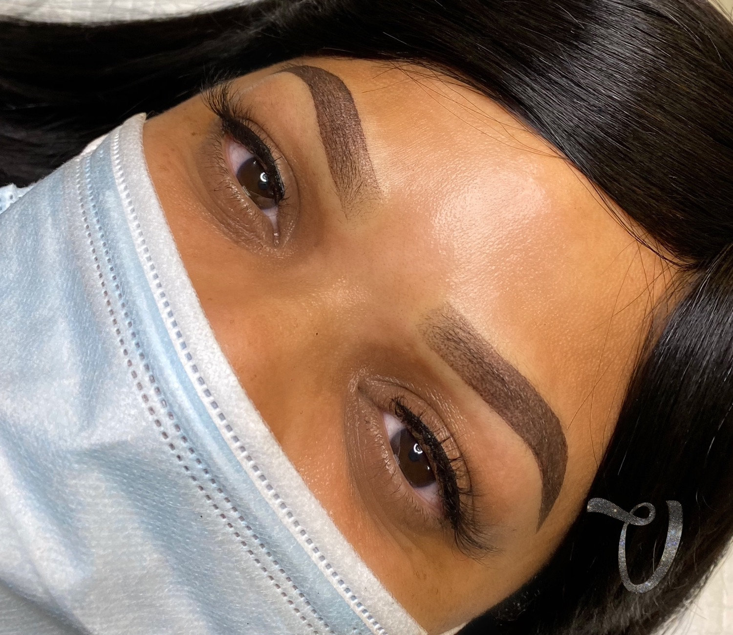 Ombre Powder Brows w/Individual Lashes