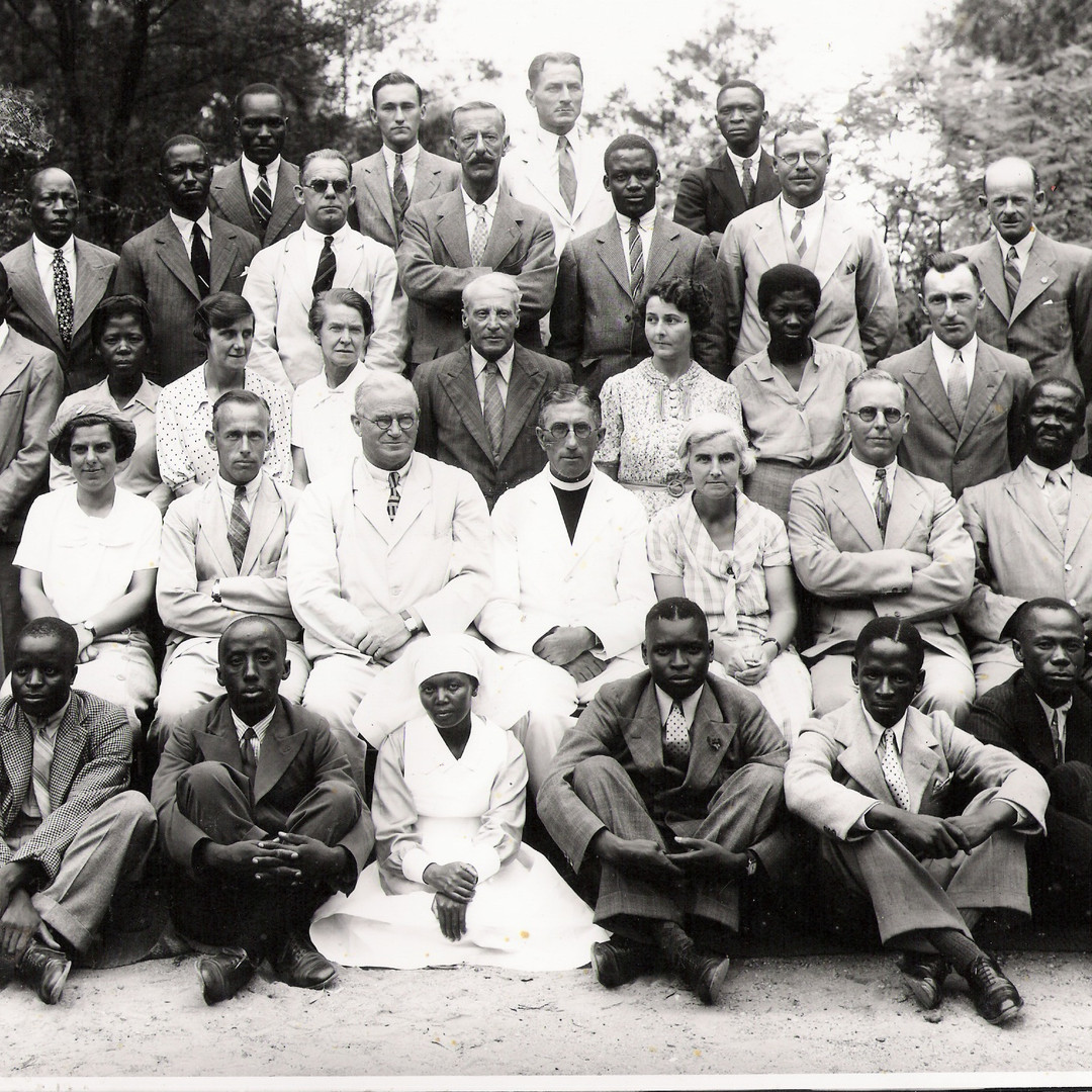 Tiger Kloof staff with Rev. AJ Haile, 1943