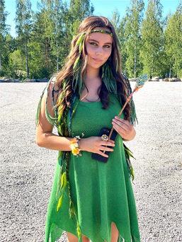 Vihreä luonto jumalatar_edited.jpg