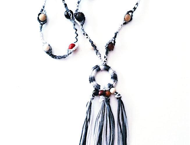 Sundrops pendant, black and white