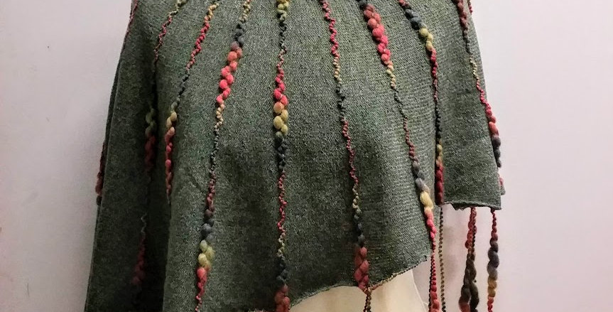 moss knitted ainikki pelerine