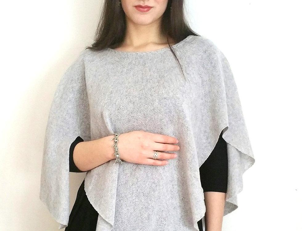 """Diamond Wings"" shawl (Silver grey)"