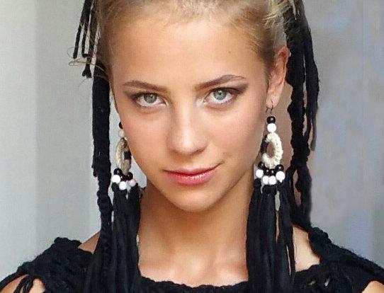 black woollen woodO fringe earrings