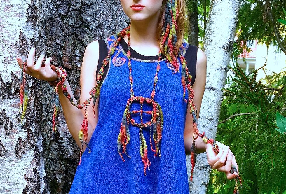 Tribal pendant, ruska