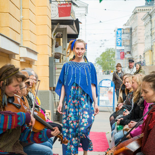 Mai Niemi Design Street Fashion show