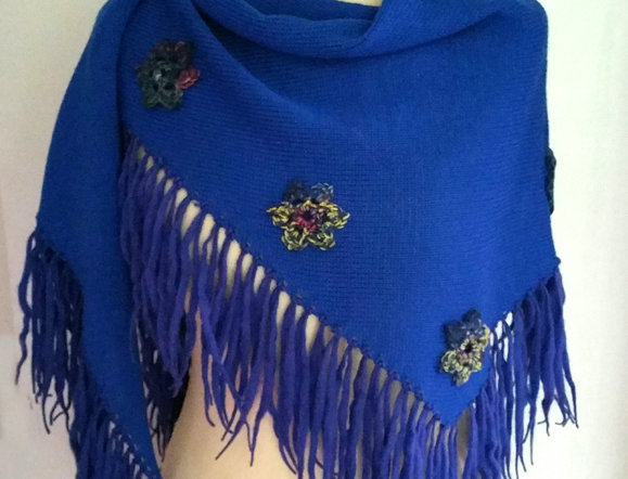 royal blue knitted sotkatar scarf
