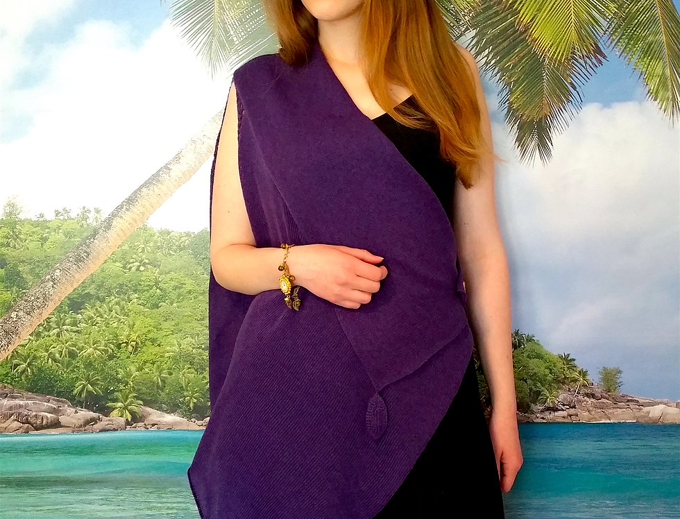 Knitted poncho mother sea Caribbean sea