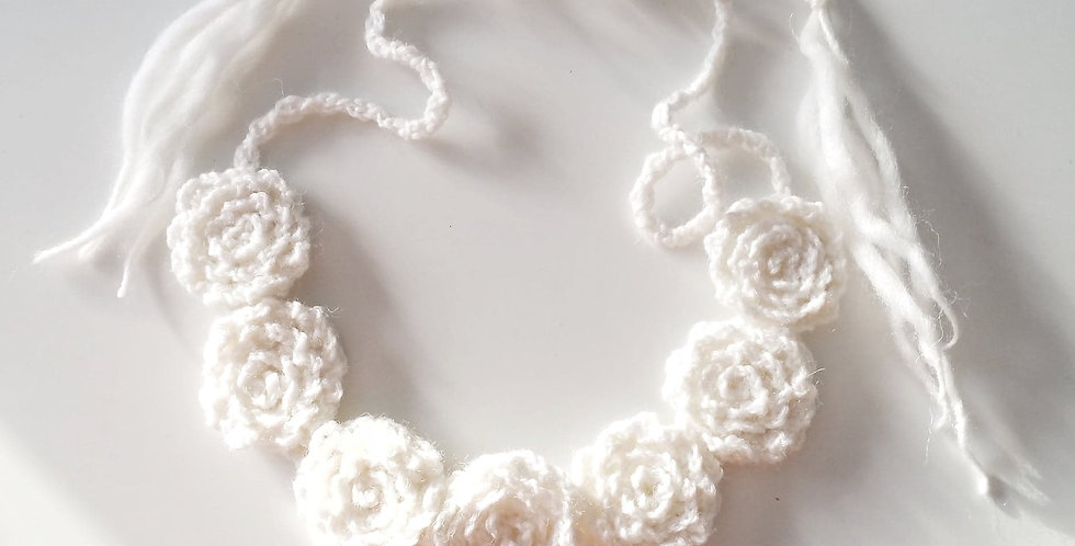 Roseline tiara, white