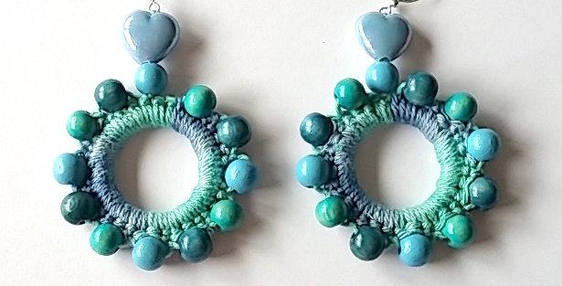 Sunflower earrings, Pond