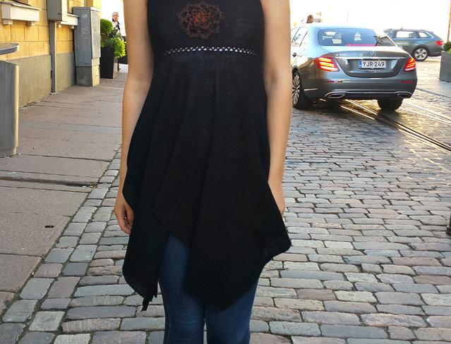 North maiden dress (black)