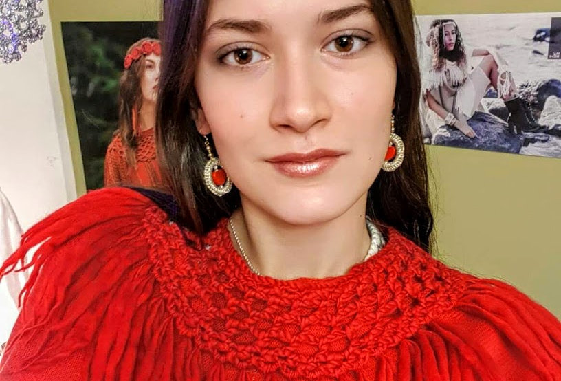 wearing red crocheted north fringe collar