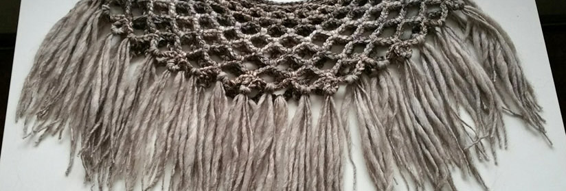 light bark sunflower crochet lace collar