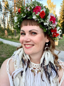 Fairytale bride: Tribe earrings