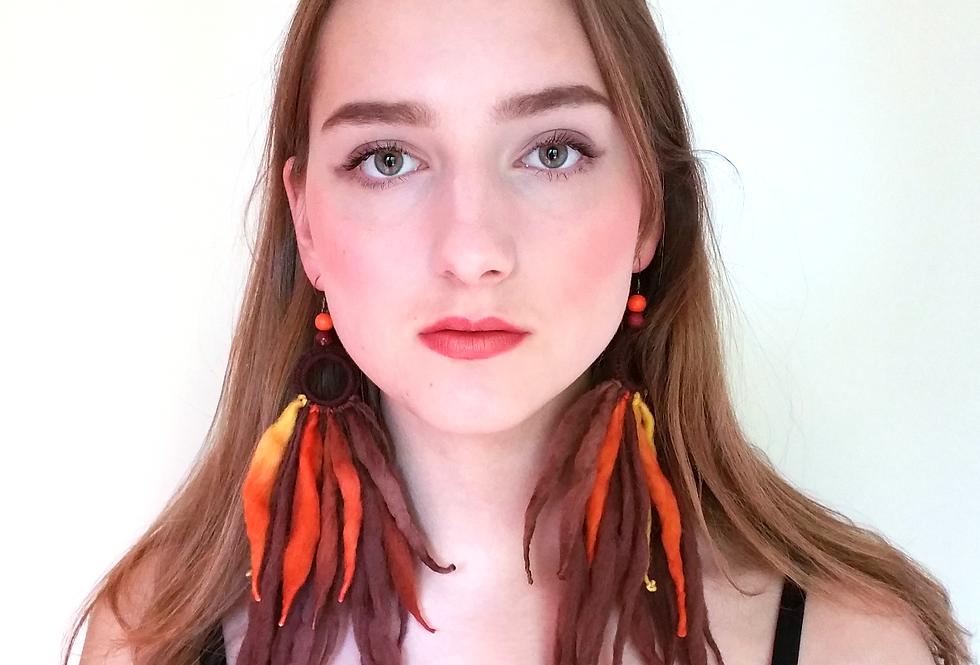 Tribe earrings, Lioness