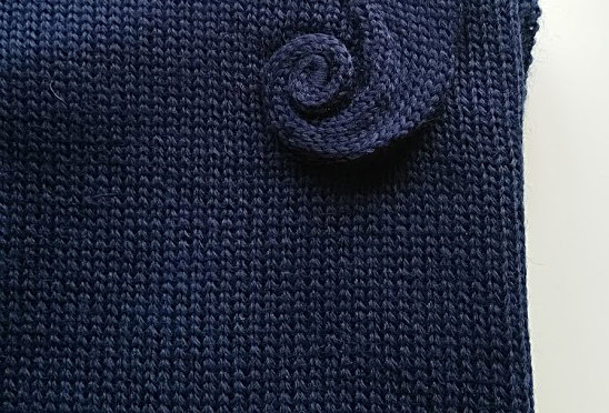 Navy blue knitted wellamo multicloak