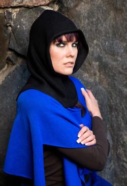 Kalevala hood black