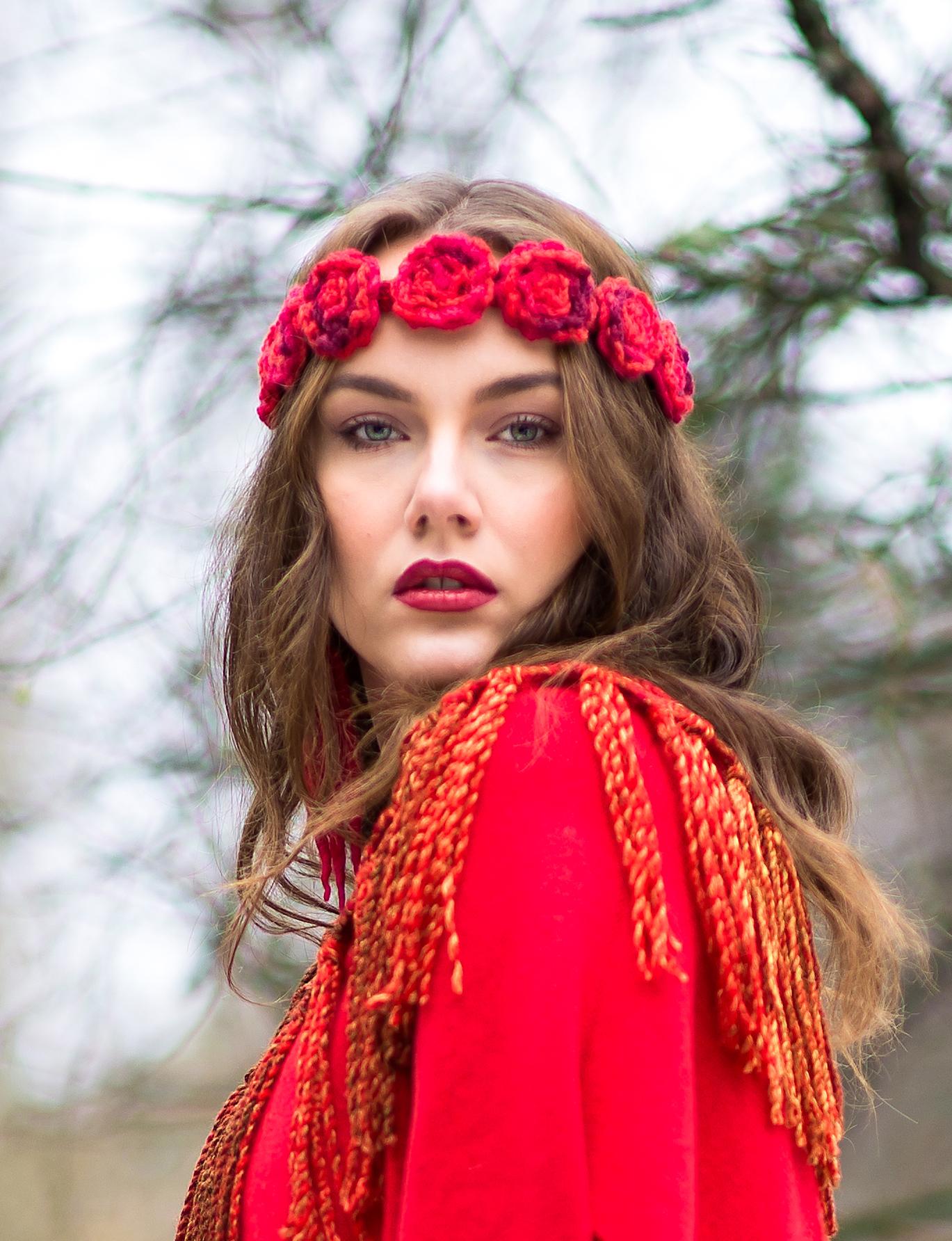 """""""Bed of Roses"""" Tiara (Redrose)"""