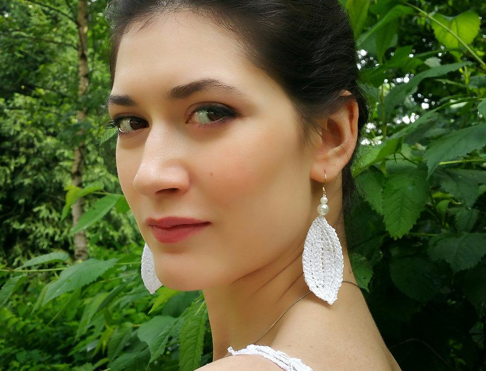 Leaf earrings, shimmering white