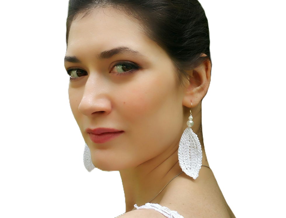 Leaf earrings, shimmering white