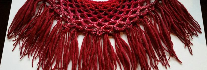 Fuchsia coloured crocheted sunflower collar