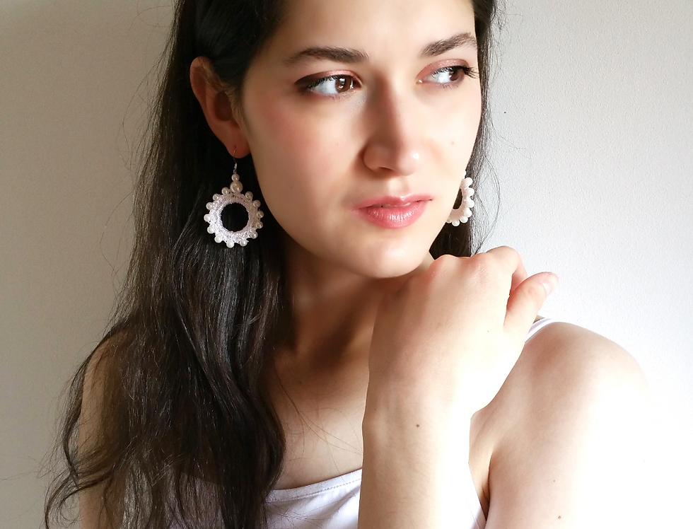 Sun Goddess earrings, white