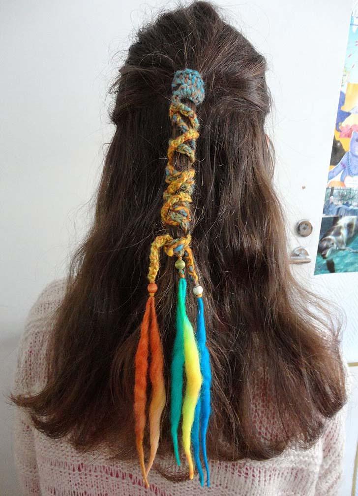 Louhi hair band braided colorful
