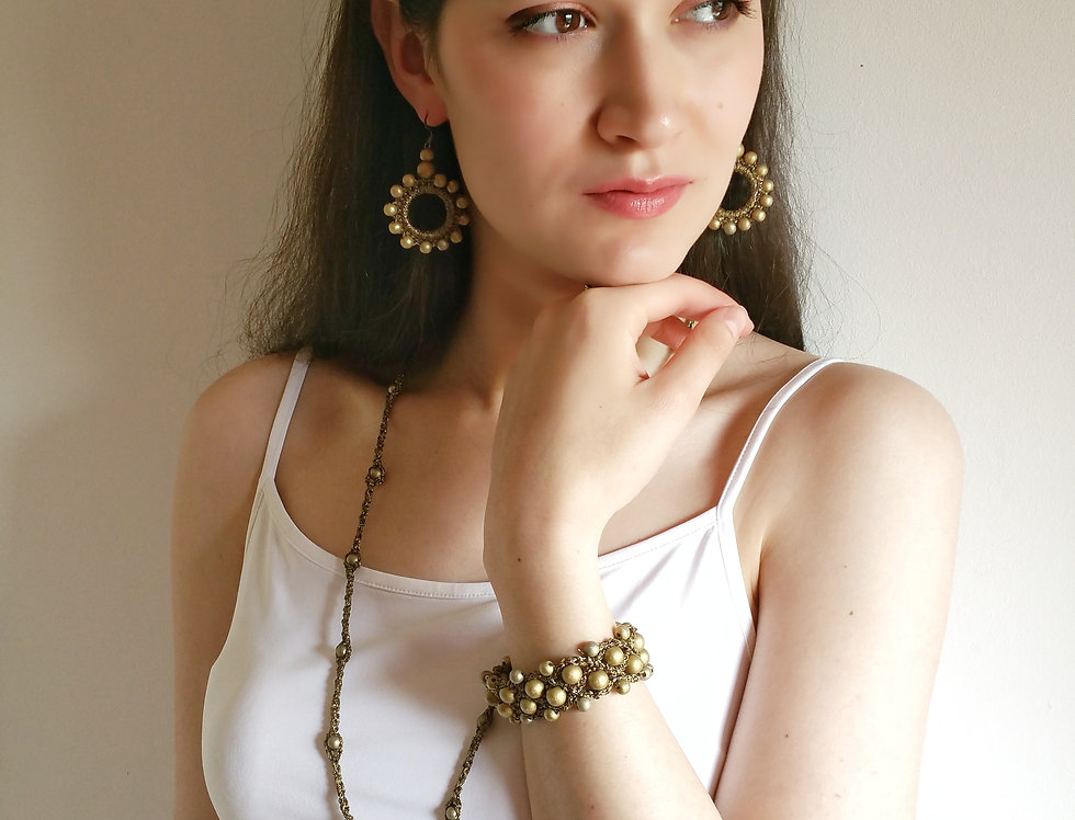 Sun goddess jewelry set, bronze