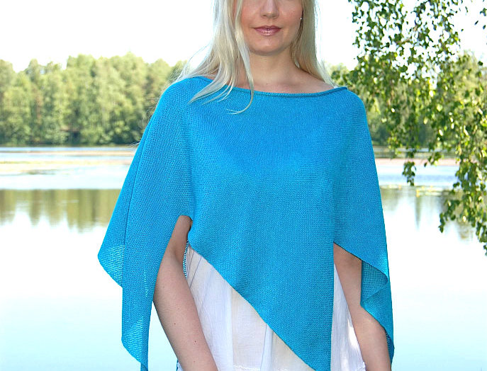 """Nordic Star"" Poncho (Clear Waters)"