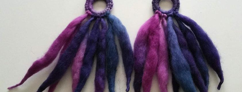 Nordic Light earrings (Violet)