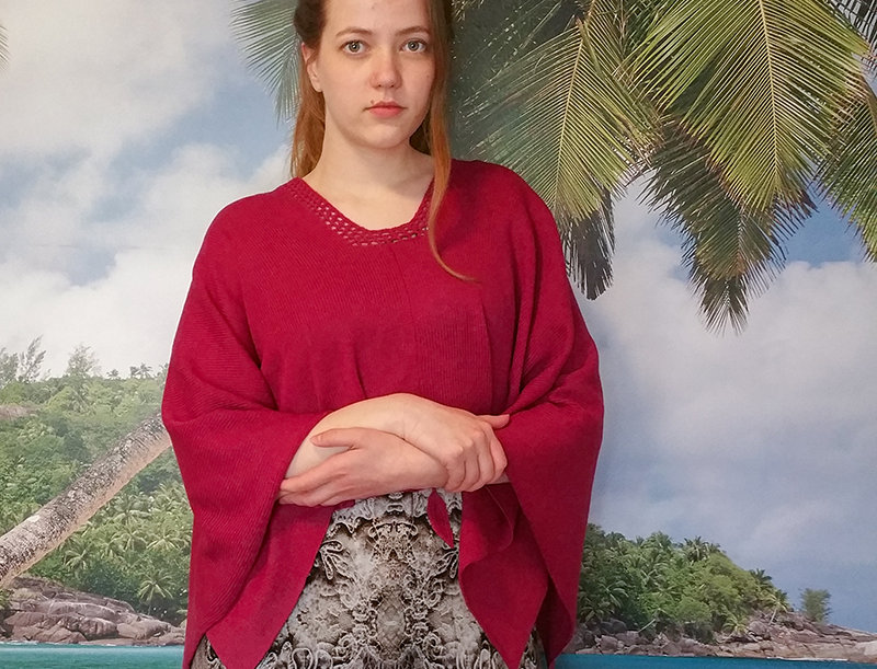 Mother sea knitted poncho with sleeves