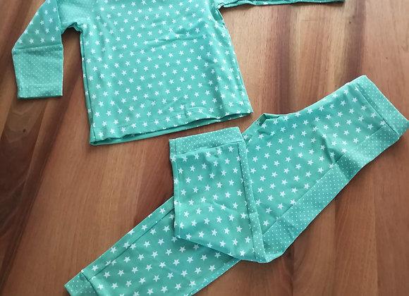 Pyjama mit Sternen Gr. 98