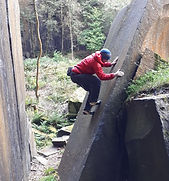 Cambusbarron Bouldering.jpg