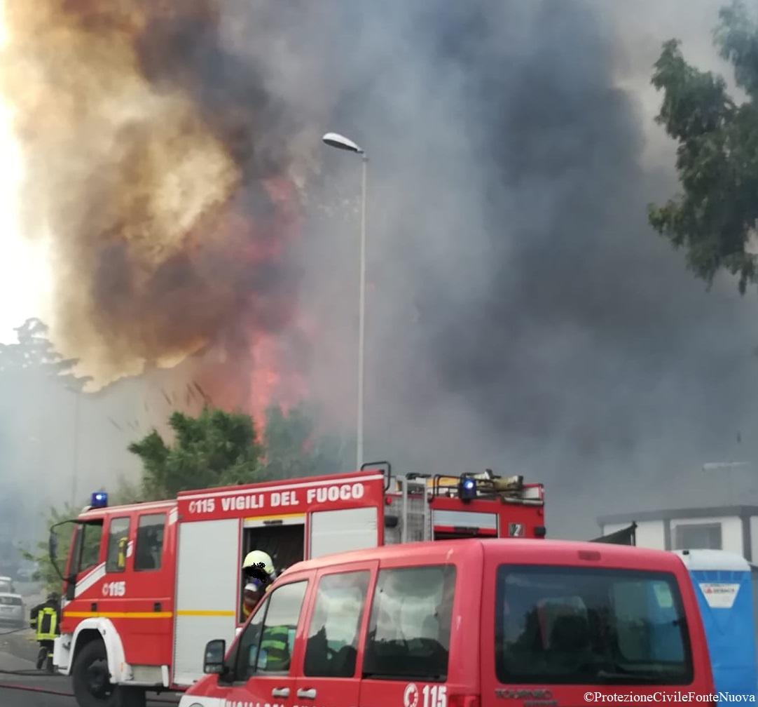 Incendio loc. Guidonia Montecelio