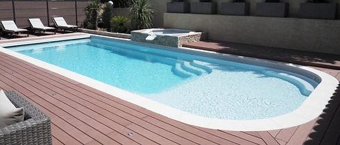 piscine-coque-pas-cher-e1528814024548-10