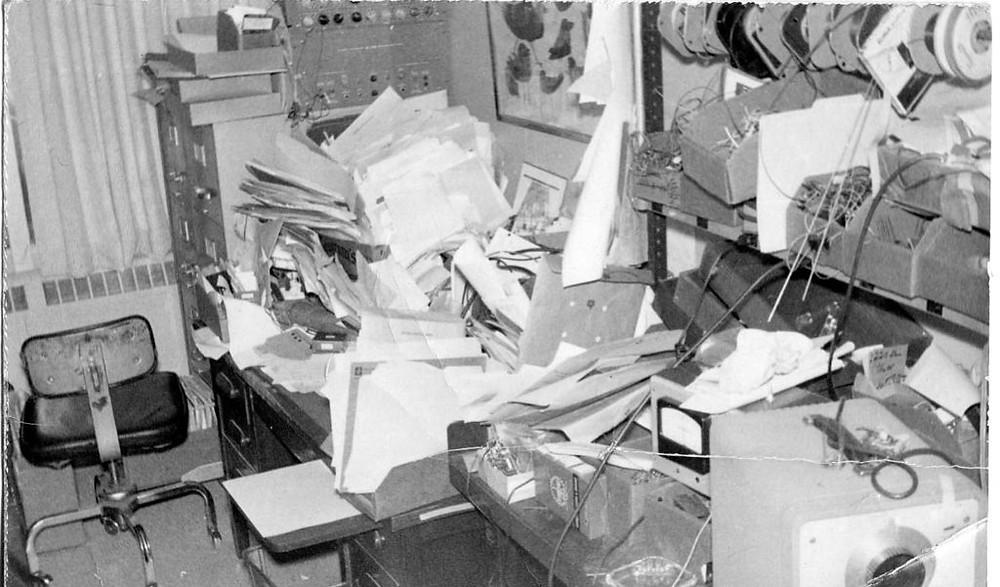 Легендарный рабочий стол гениального инженера Боба Писа