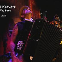 Peter MaffPascal Kravetz mit Blueline Midi