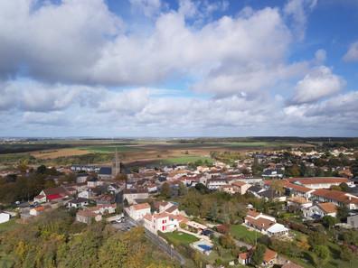 Photos et vidéos par drone pour communes et collectivités près de Tours, Indre et Loire 37