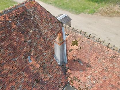Beaufort Drone photo d'une instecption de toiture chantier travaux Poitiers Poitou Chatellerault