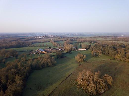 Levé de soleil vu par drone près de Poitiers