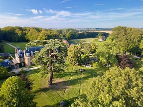 Mariage dans une belle propriété en Berry vue du ciel dans l'Indre à Châteauroux