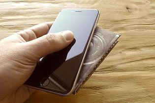Collection Kamyno de portefeuilles origami en papier Tyvek, ultra-résistants, fins et légers. Modèle Camera