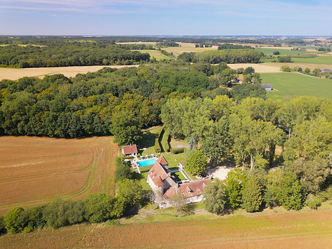 Photo_drone_chateau_Poitiers_Vienne