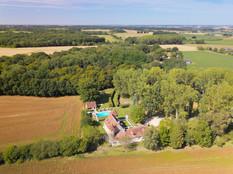 Photo drone d'un château à Poitiers Vienne 86