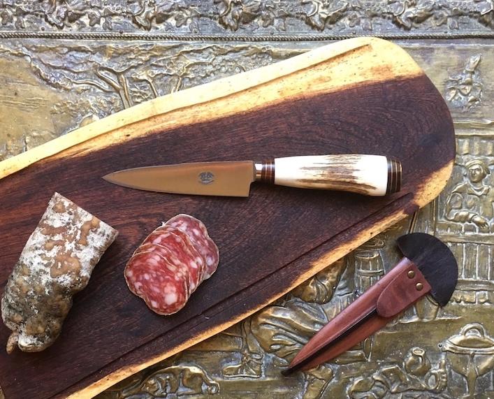 Deer antler gaucho knife