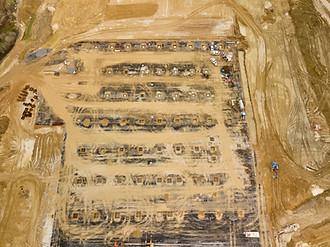 Vue unique d'un chantier BTP par drone à Poitiers