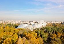 Photo aérienne par drone dnas le Bois de Boulogne à Paris, Fondation Louis Vuitton