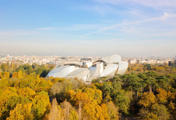 Photo aérienne par drone dnas le Bois de Boulogne à Paris, Fondation Louis Vuitton