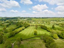 Photo par drone d'un paysage de campagne dans l'Indre 36,  près de Châteauroux.