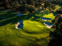 Beaufort Drone parcours de golf terrain vue du ciel green trou