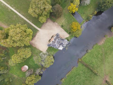 Château vu par drone en Automne à Poitiers